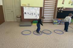 Sokol - cvičení s luční kobylkou